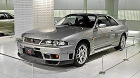 SKYLINE купе (R33)